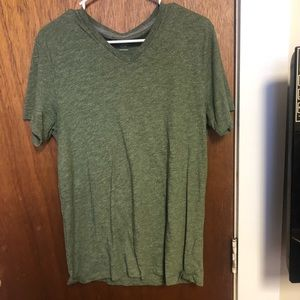 Old Navy V neck Tshirt
